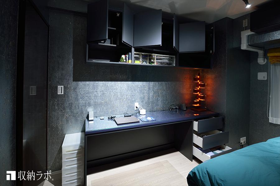 色調と素材の質感にこだわった寝室に作ったオーダー家具3