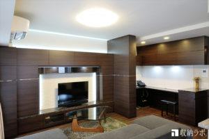 オーダー家具の設置のみで、自宅のリビングにワークスペースを実現。