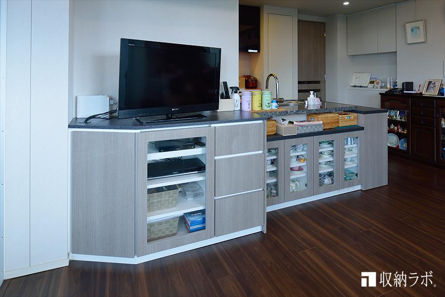 お部屋の形状に合わせて設計が可能なオーダー家具。