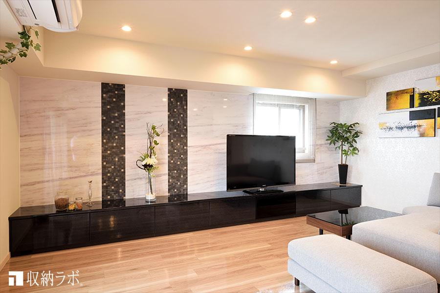 オーダー家具で理想だったモデルルームのようなインテリアと、実用的な収納が叶いました。