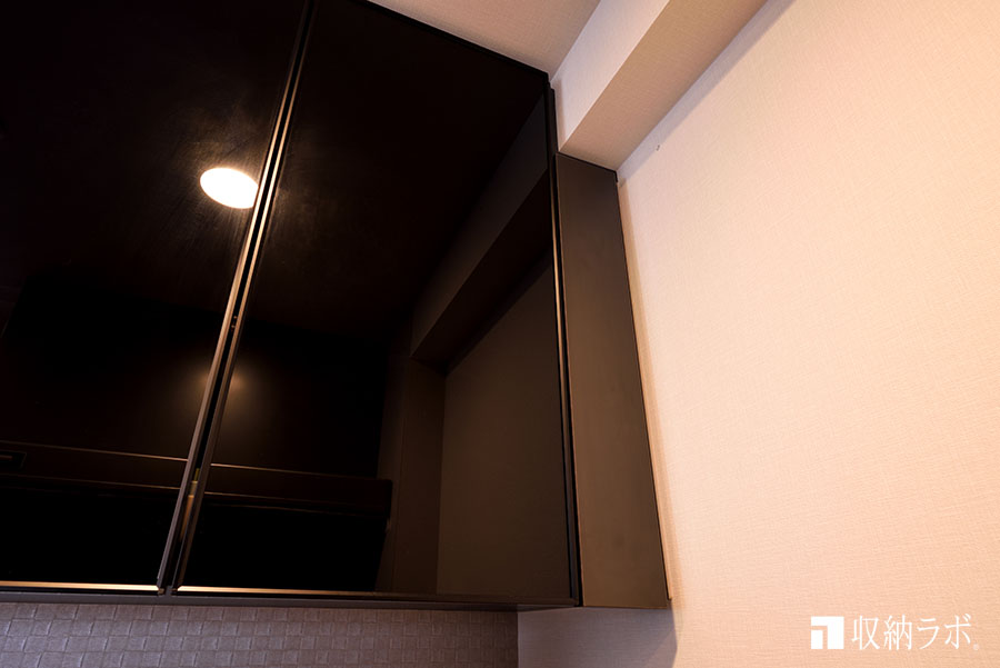 梁下のデットスペースも、収納スペースとして有効活用。