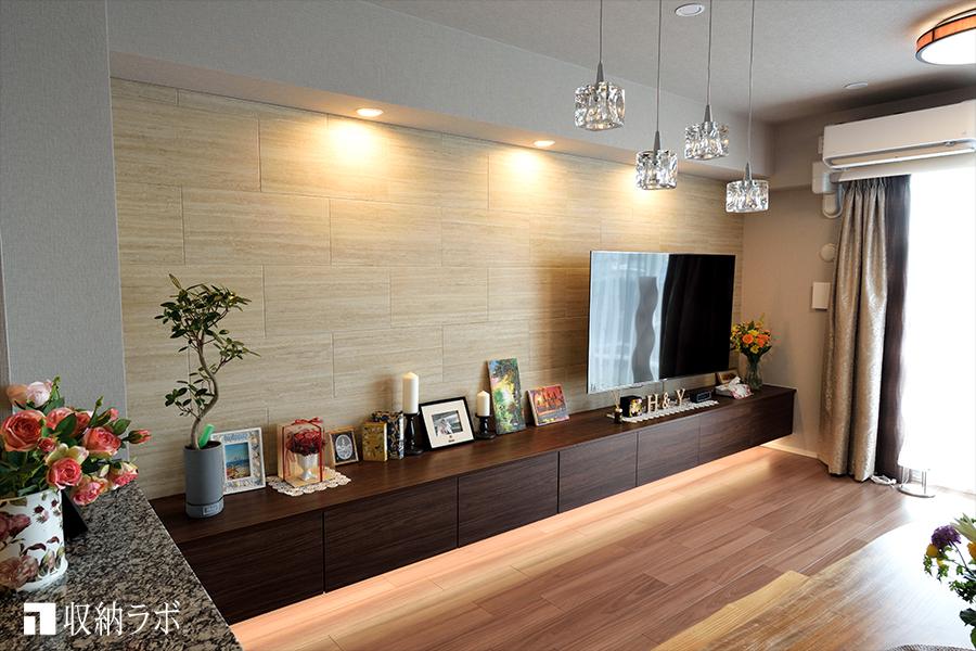 開放感のあるリビングを実現した、オーダー家具
