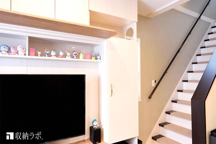 猫用の階段を外した状態の壁面収納
