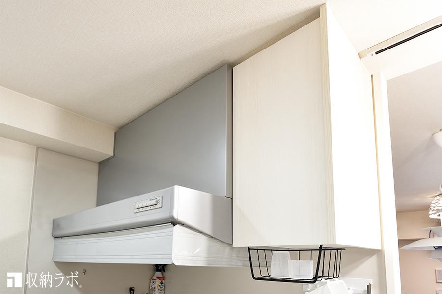 改造した既存のキッチンの吊り戸棚